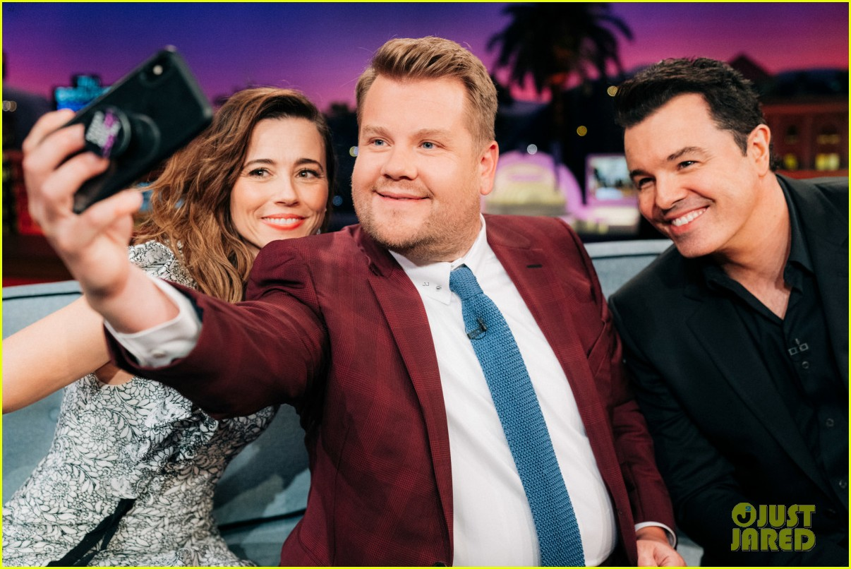 linda cardellini talks getting fired from family guy sitting next to seth macfarlane 03