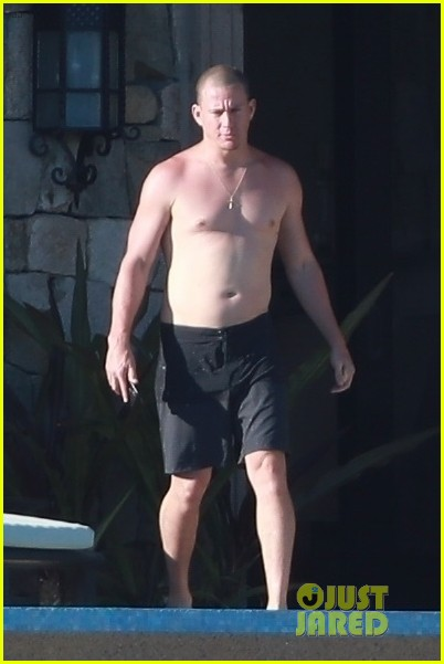 Channing Tatum Goes Shirtless During Vacation with Another Big Star!: Photo 4266291 | Channing Tatum, Shirtless Pictures | Just Jared