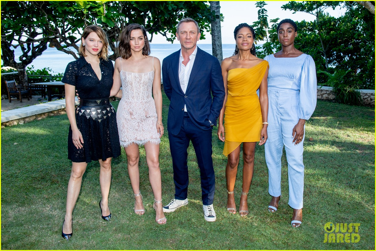 Daniel Craig & 'Bond 25' Team Celebrate Film Launch in ...