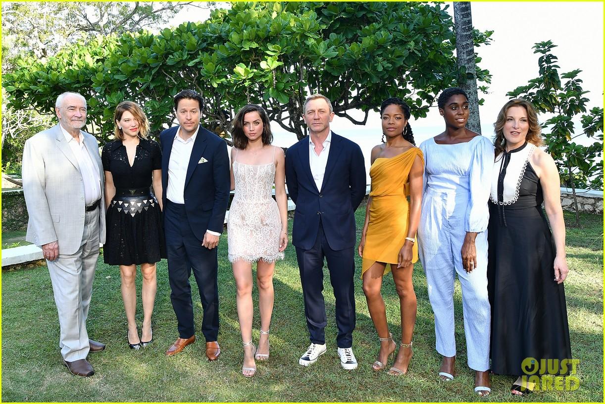 daniel craig bond 25 team celebrate film launch in jamaica 224277558