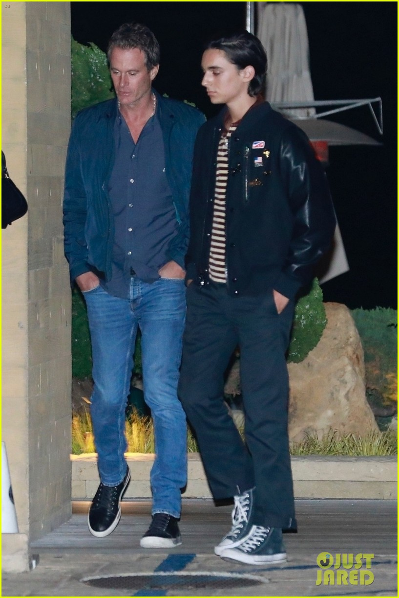 cindy crawford dinner kaia gerber wellington grant 034274557