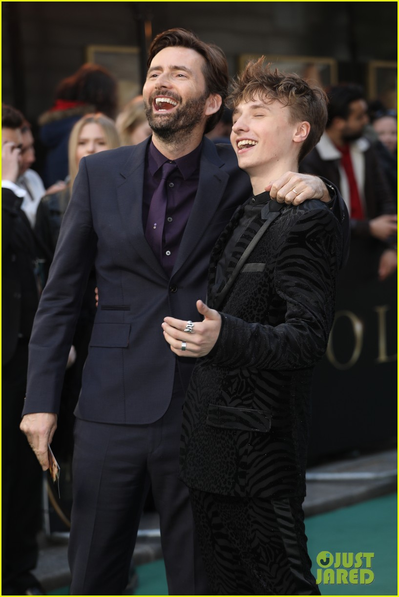 david tennant supports son ty at tolkein premiere 02