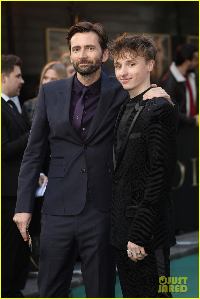 david tennant supports son ty at tolkein premiere 04