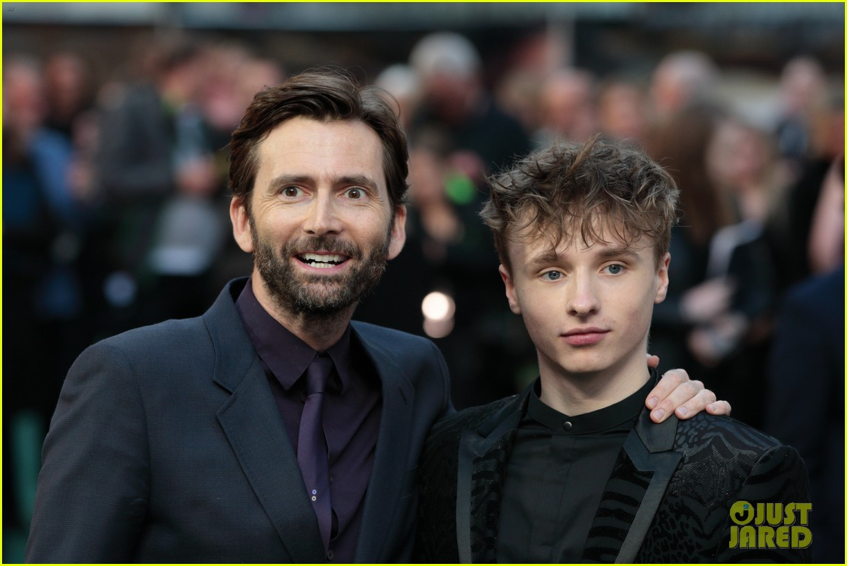 david tennant supports son ty at tolkein premiere 09