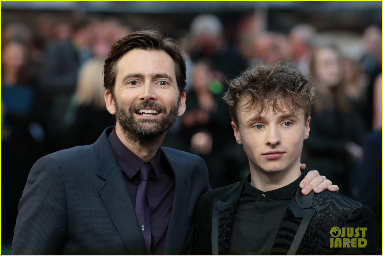 david tennant supports son ty at tolkein premiere 10