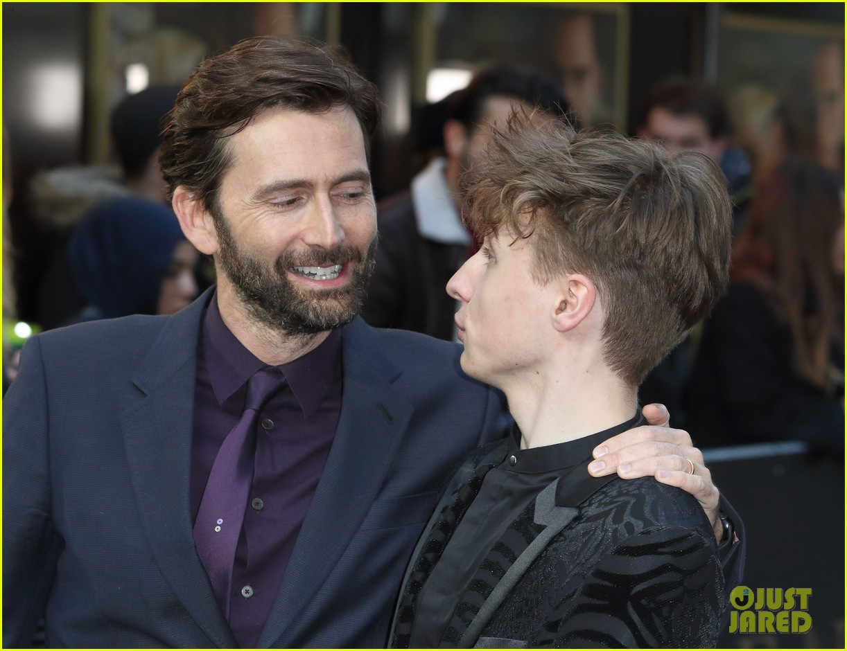 david tennant supports son ty at tolkein premiere 12