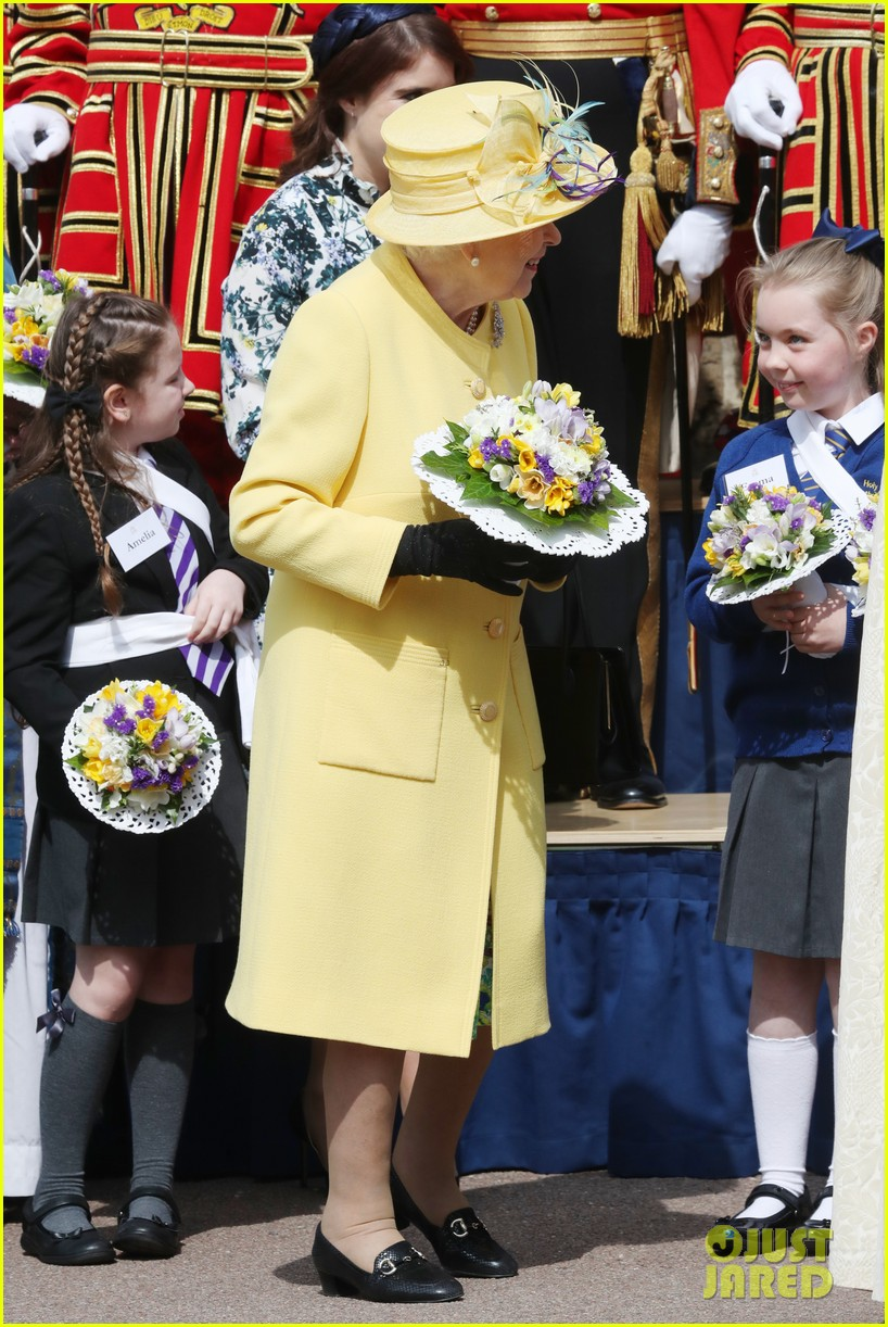 queen elizabeth joined by princess eugenie for easter coin ceremony 05