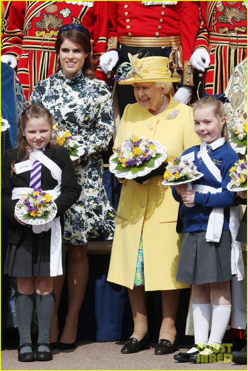 queen elizabeth joined by princess eugenie for easter coin ceremony 08