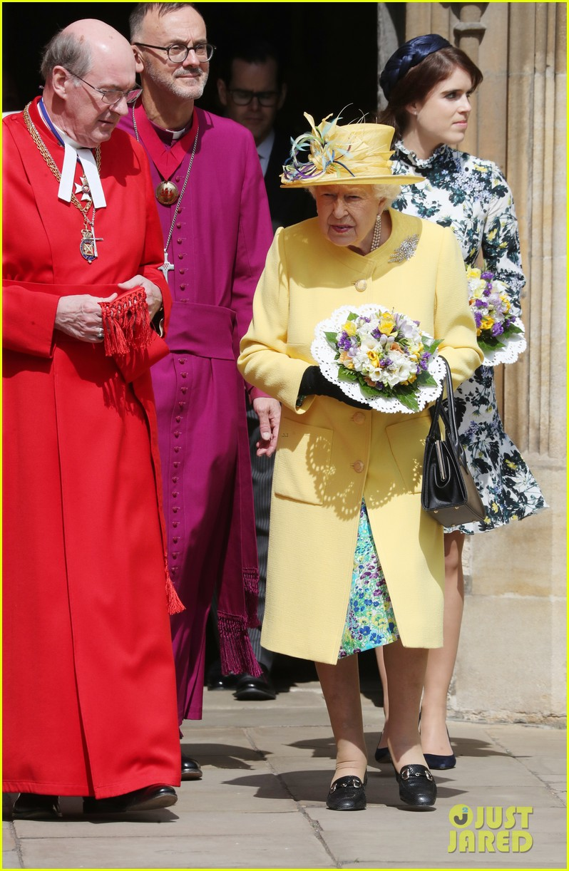 queen elizabeth joined by princess eugenie for easter coin ceremony 19