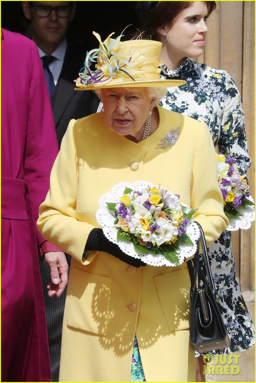 queen elizabeth joined by princess eugenie for easter coin ceremony 22