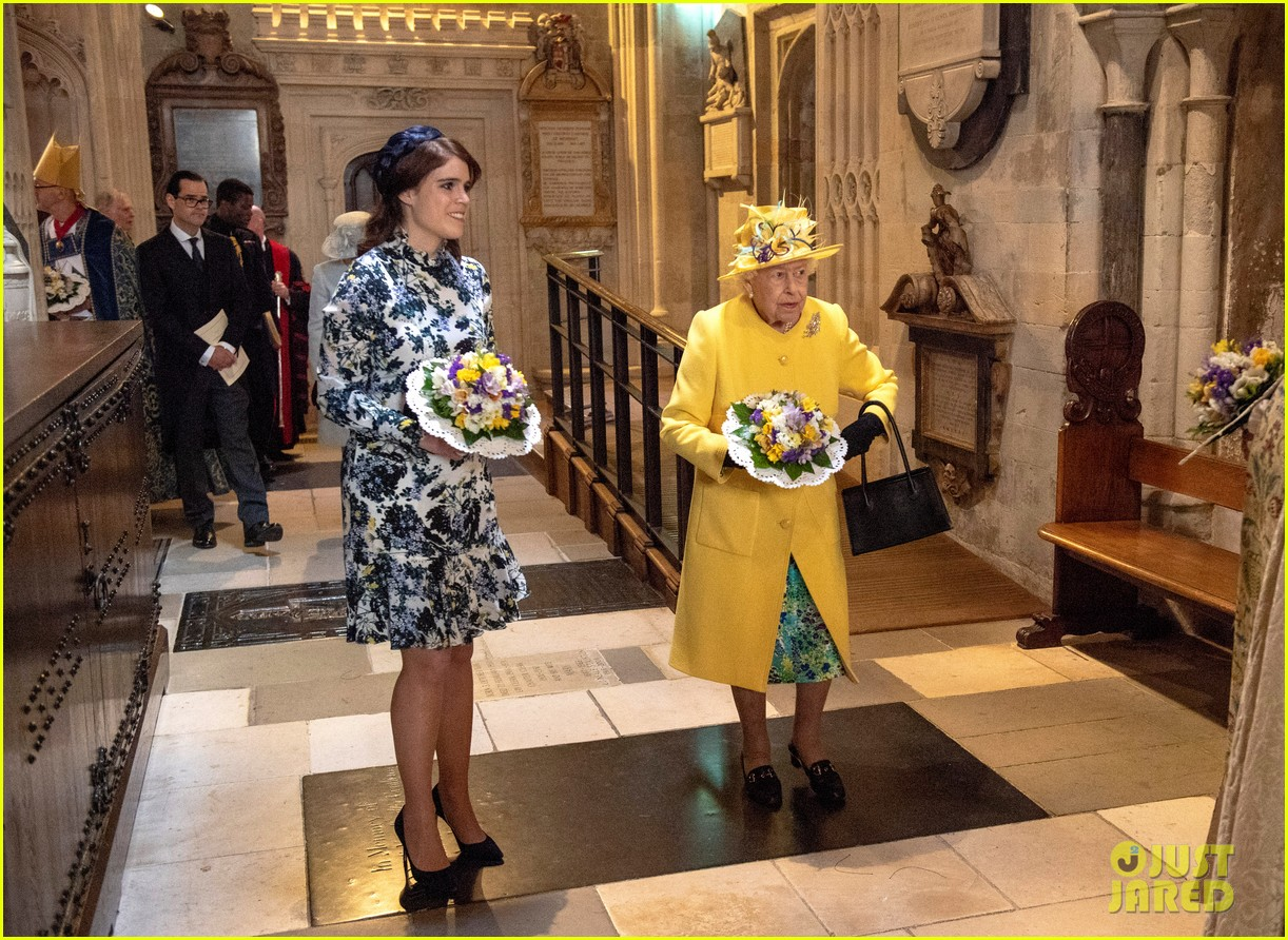 queen elizabeth joined by princess eugenie for easter coin ceremony 24