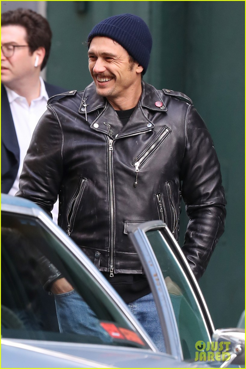james franco is all smiles while directing the deuce 02