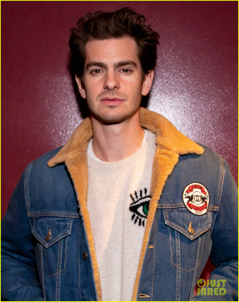 andrew garfield on straight actors taking lgbtq roles my job right now is to pay attention 04