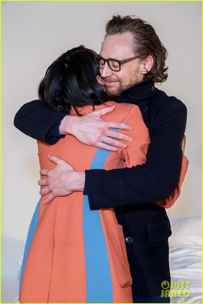 tom hiddleston supports betrayal co star zawe ashton at book launch 04