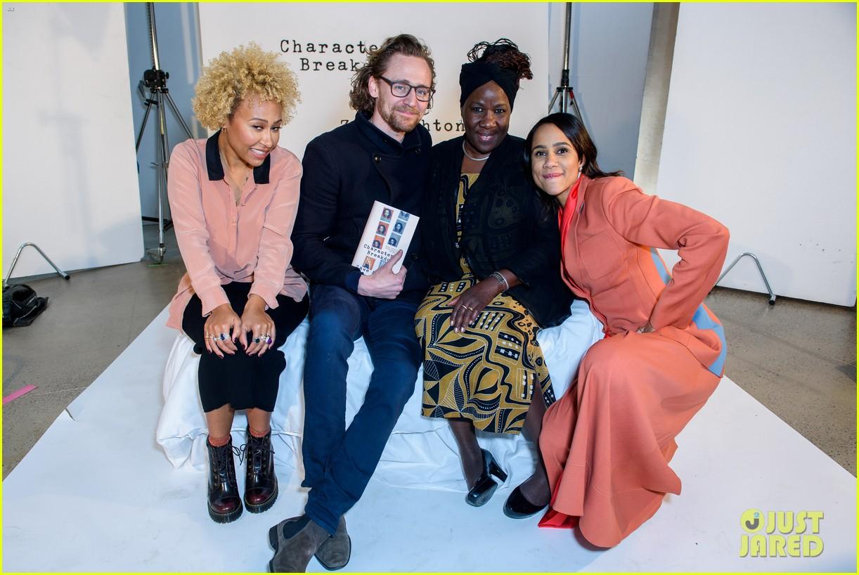 tom hiddleston supports betrayal co star zawe ashton at book launch 09