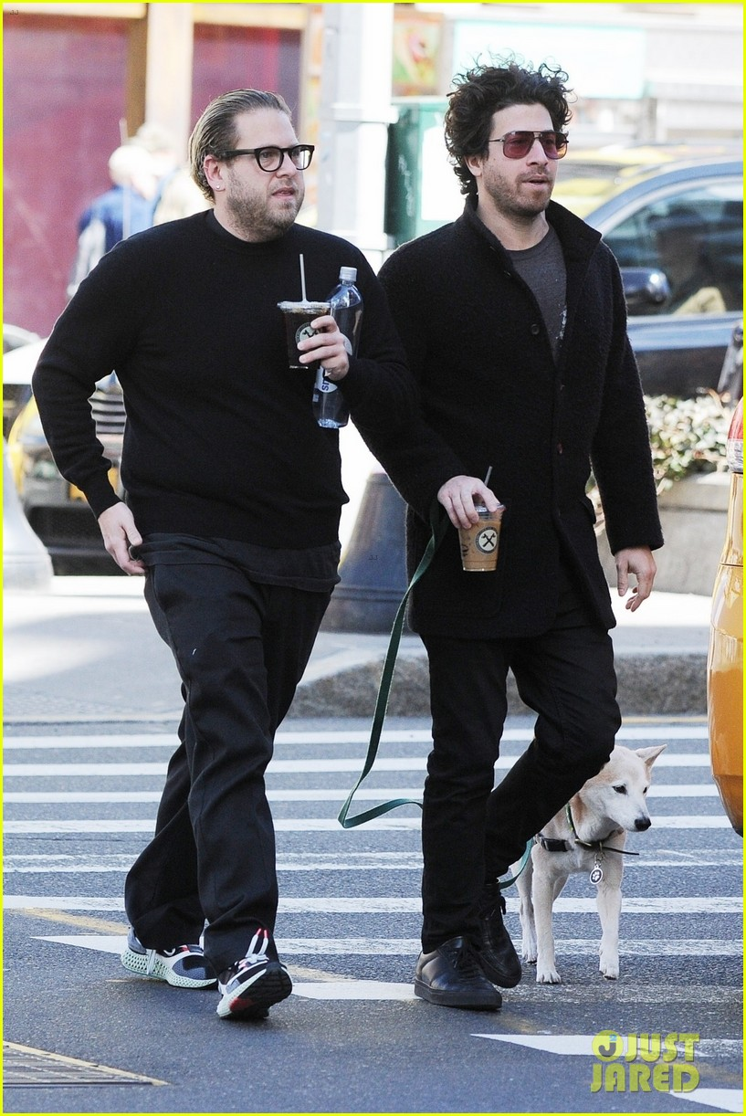 jonah hill grabs coffee with a friend in nyc 01