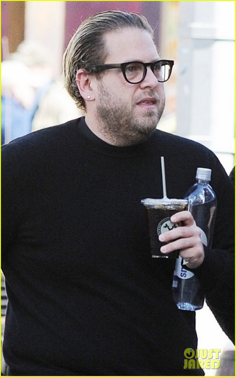 jonah hill grabs coffee with a friend in nyc 04