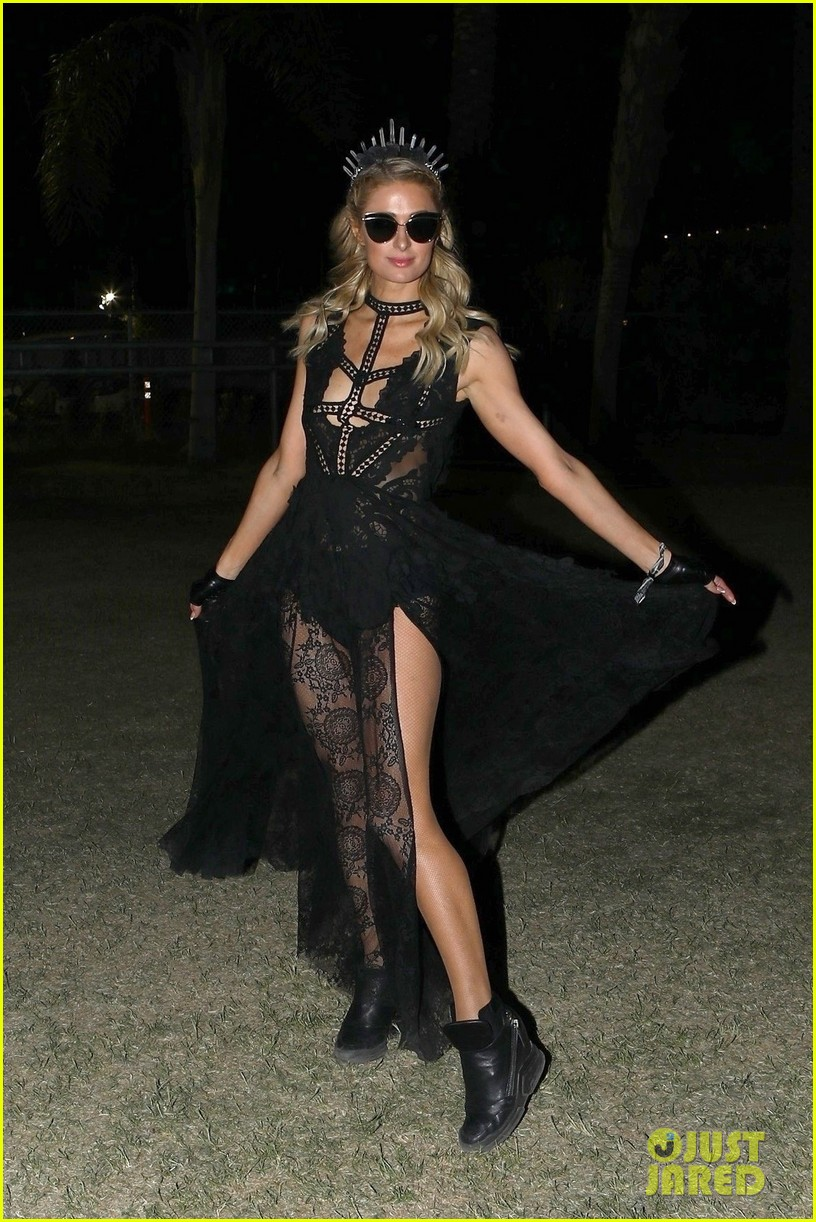 paris hilton wraps up weekend one at coachella in style 034273252