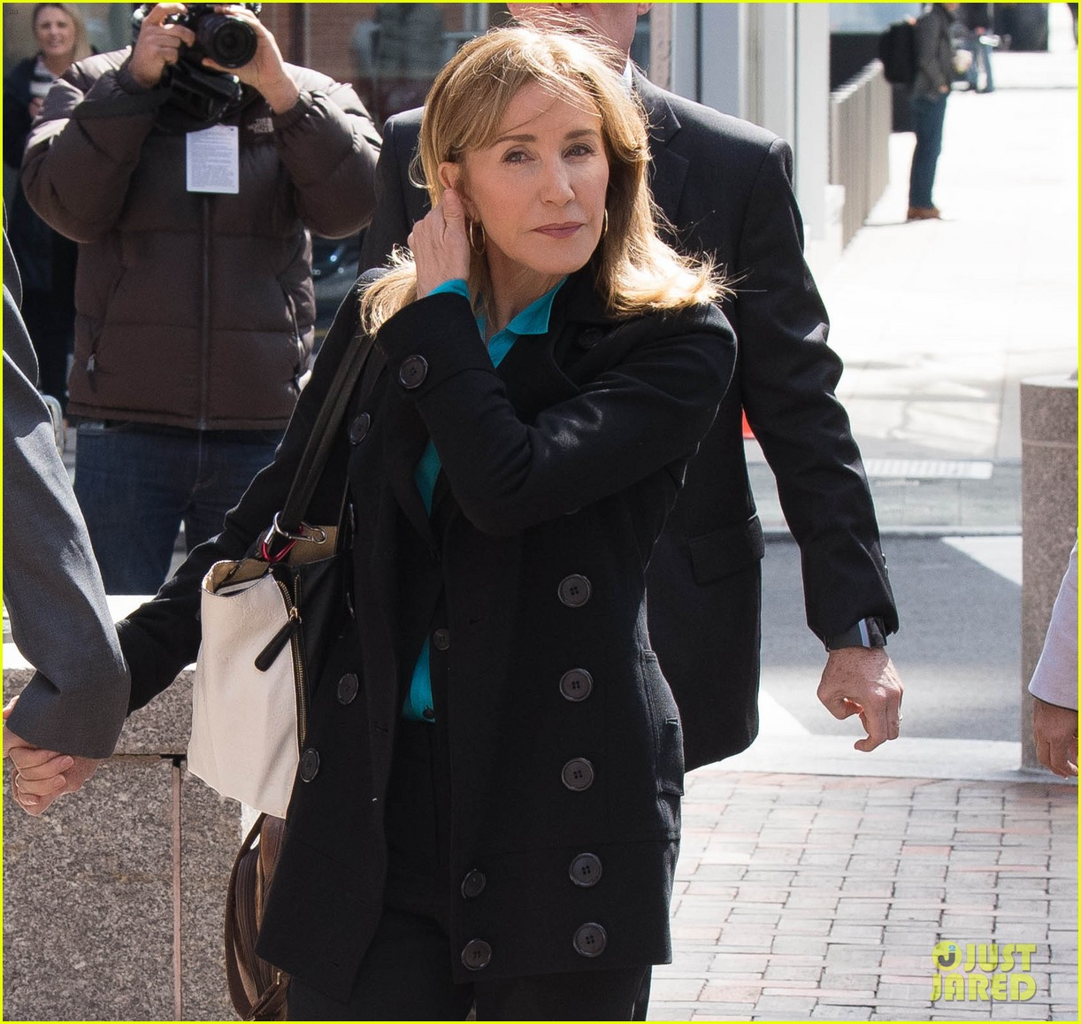 felicity huffman arrives court boston 01