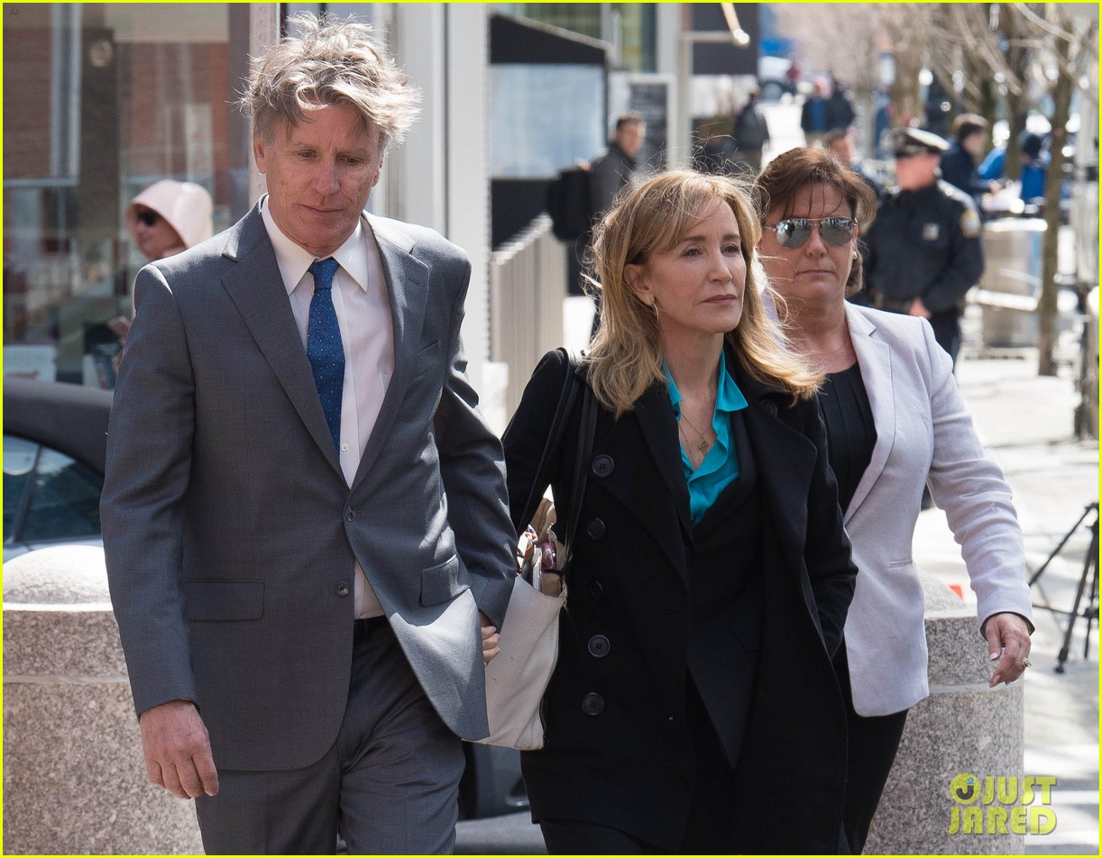 felicity huffman arrives court boston 02