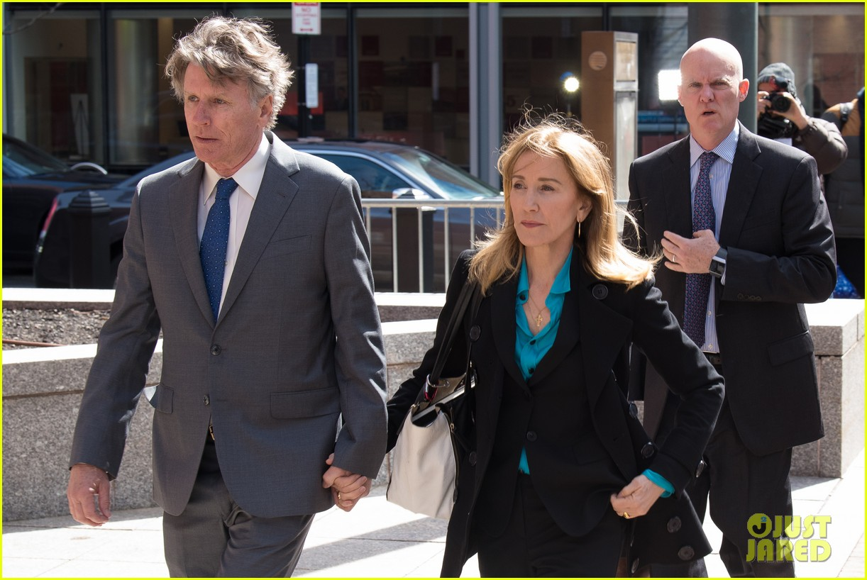 felicity huffman arrives court boston 05