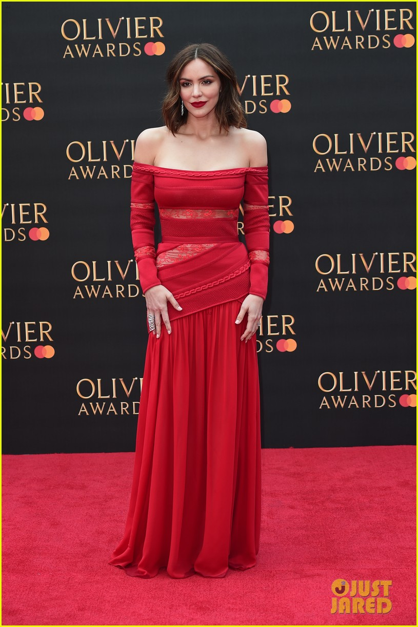 katharine mcphee gillian anderson olivier awards april 2019 004268707