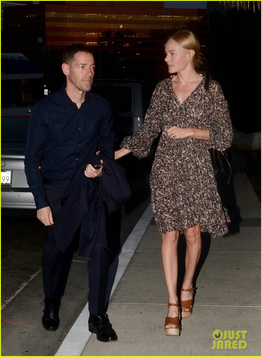 kate bosworth michael polish couple up for dinner date 054275018