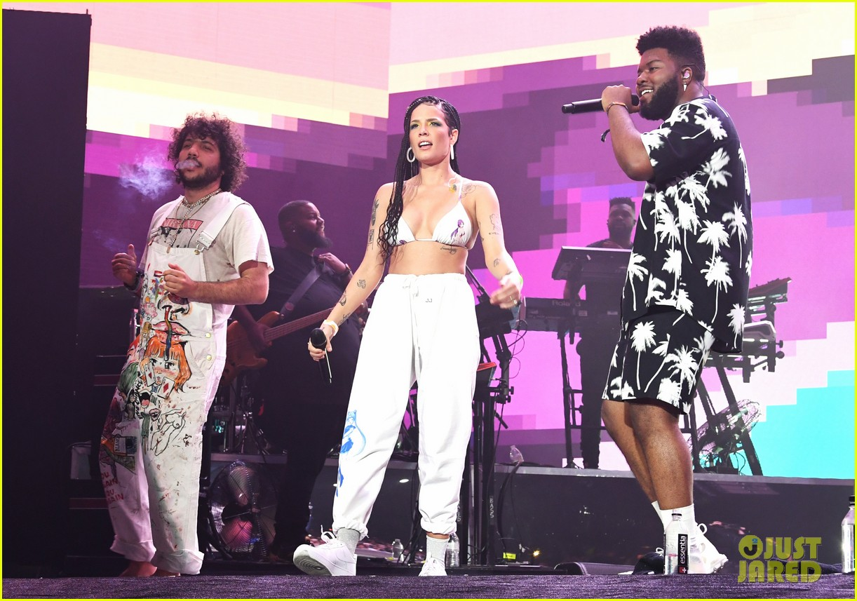 khalid brings out famous friends for coachella set 254273121