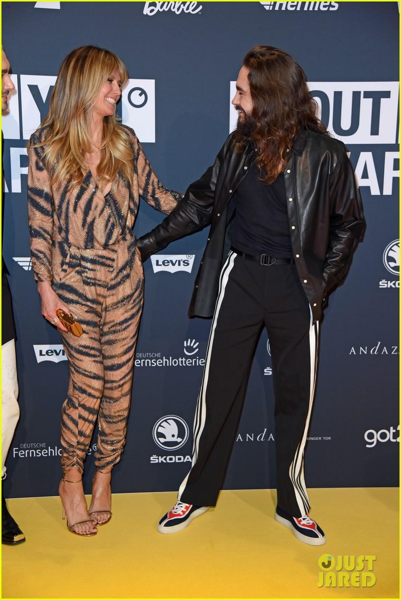 heidi klum kaulitz twins at about you awards 07