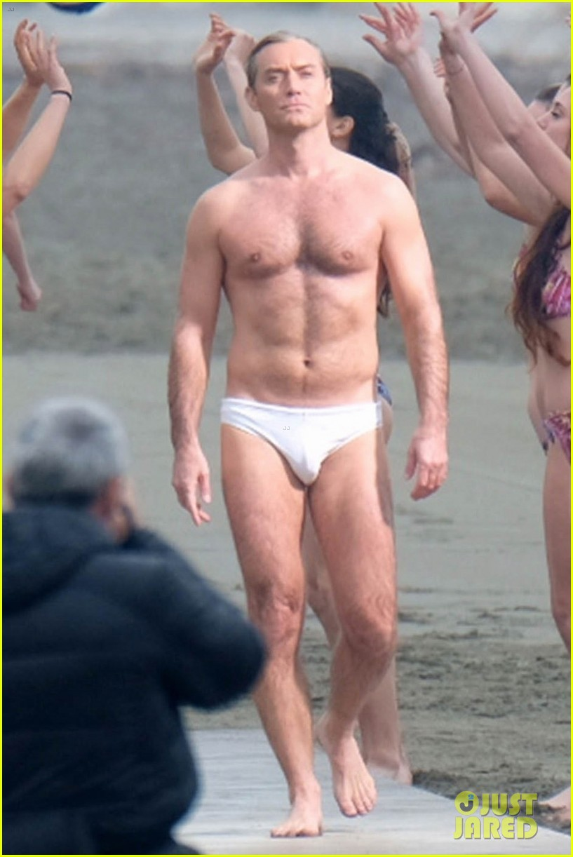 jude law leaves little imagination shirtless young pope scene 06