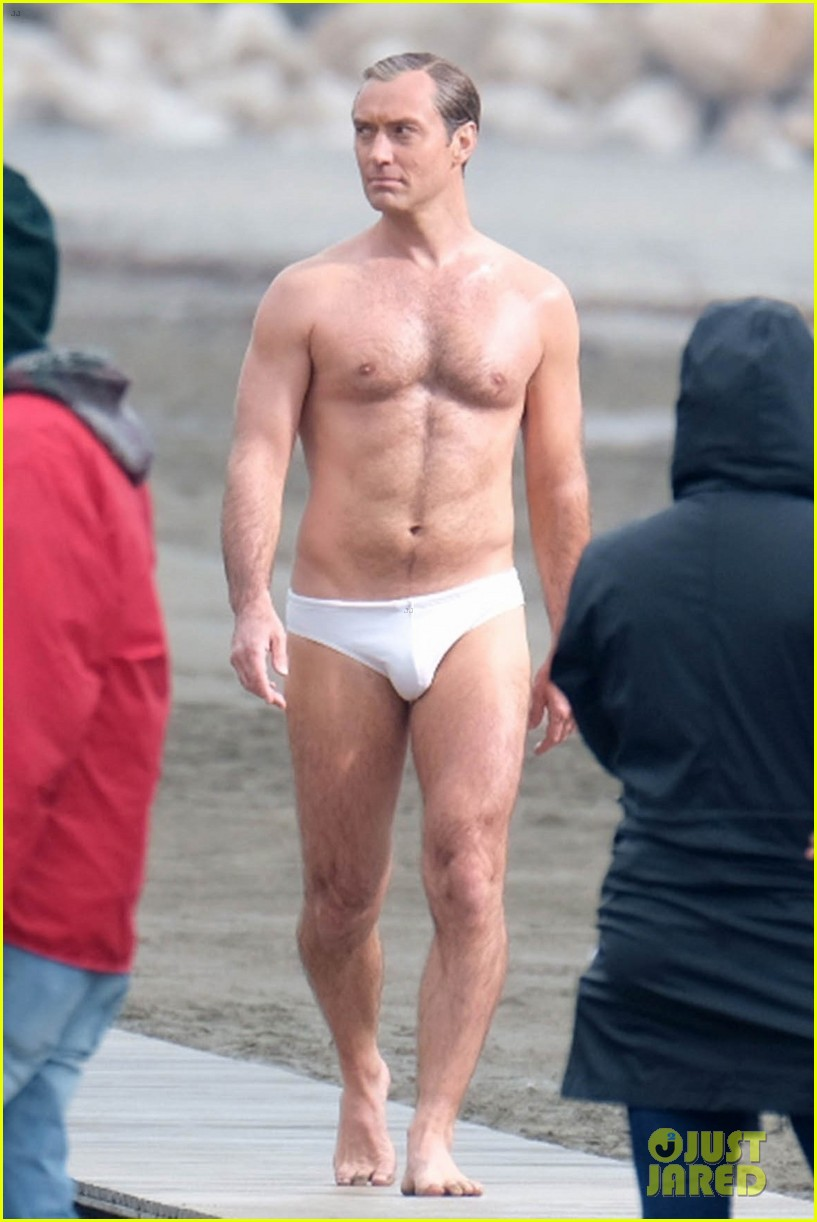 jude law leaves little imagination shirtless young pope scene 07