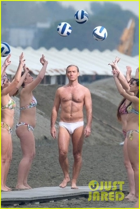 jude law leaves little imagination shirtless young pope scene 08