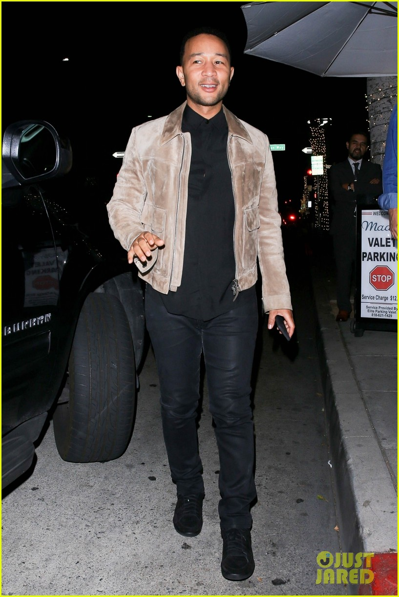 john legend meets up with friend for dinner 034275641