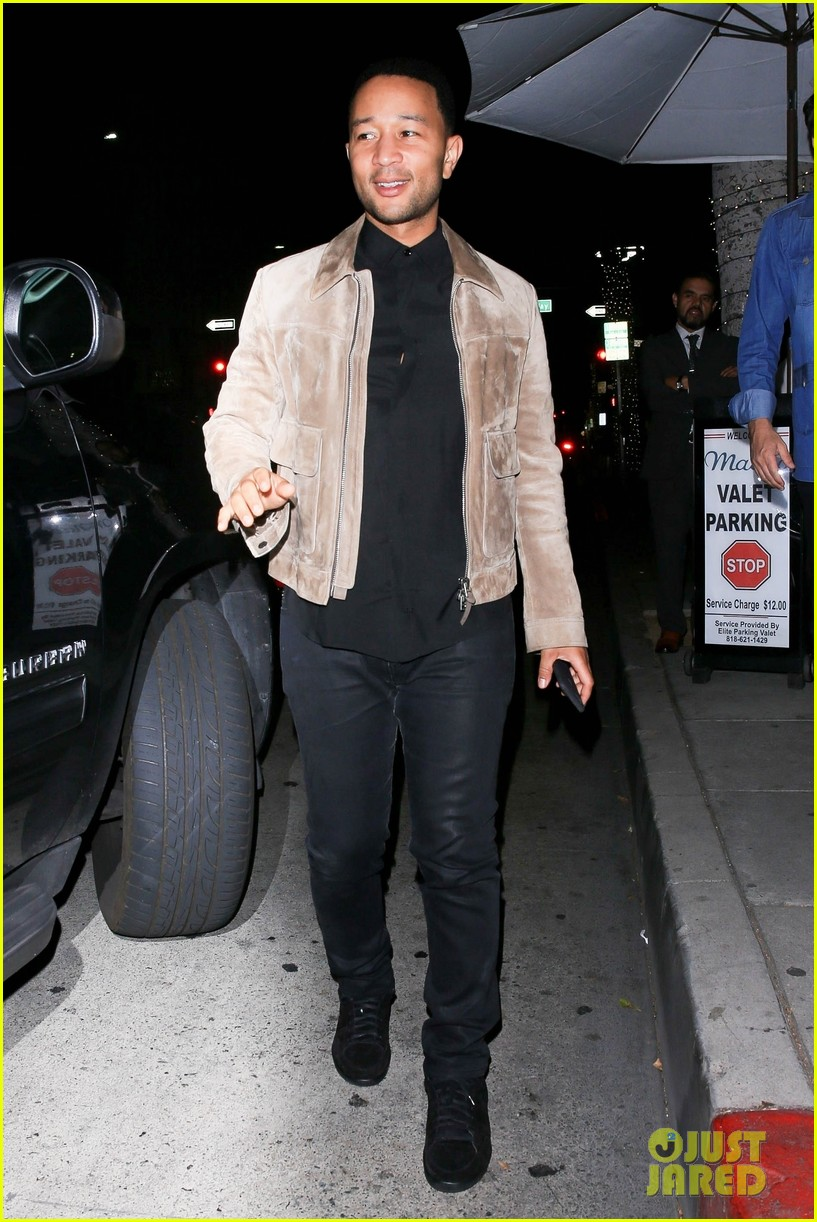 john legend meets up with friend for dinner 054275643