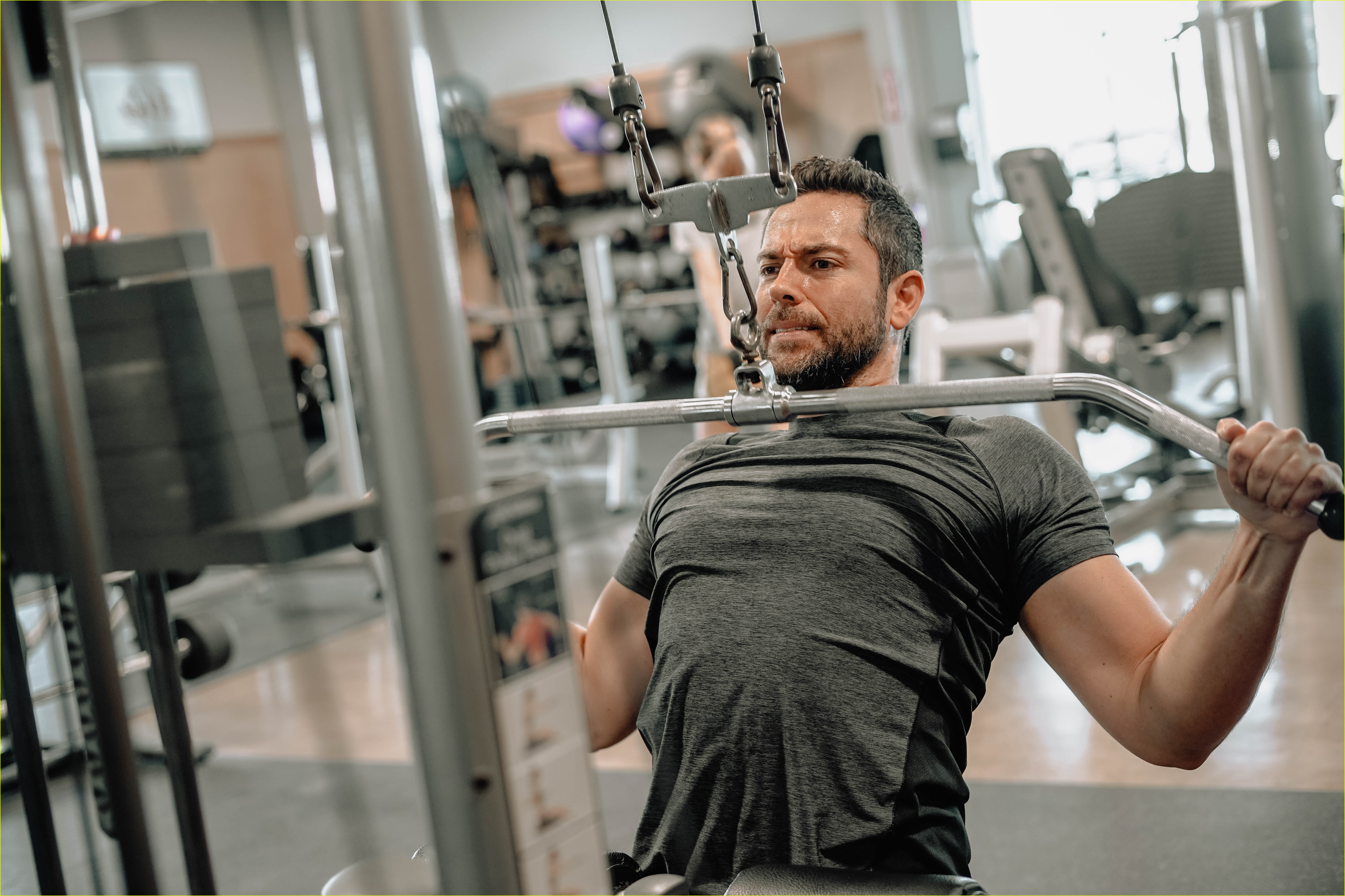 zachary levi bares massive biceps promoting flow supplements company 02