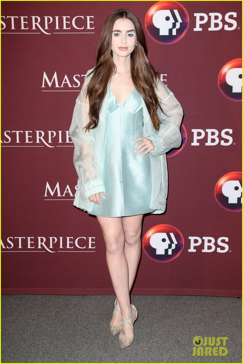 lily collins premieres les miserables in nyc 06