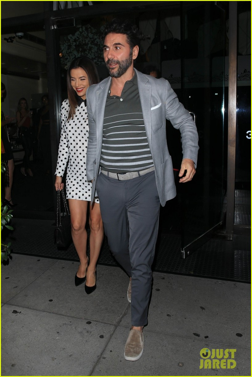 eva longoria jose baston grab dinner in beverly hills 05