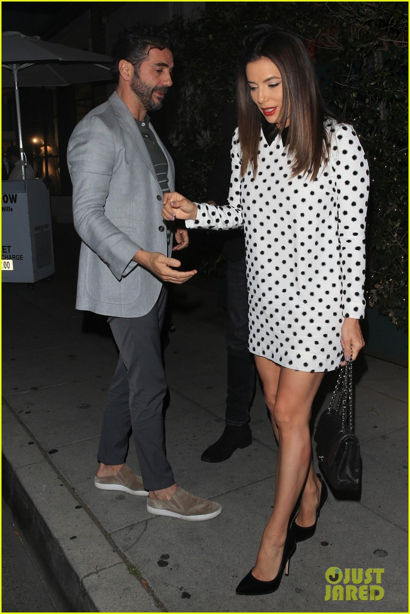 eva longoria jose baston grab dinner in beverly hills 06