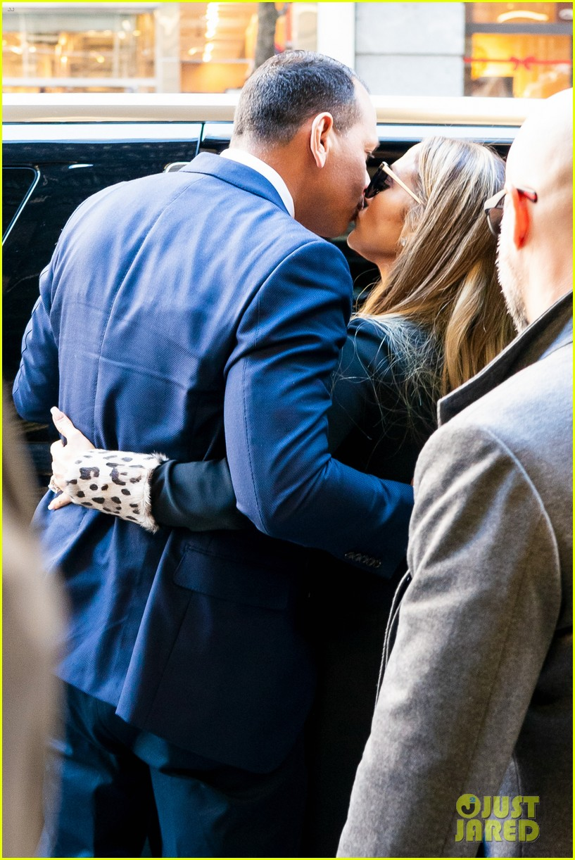 jennifer lopez and alex rodriguez share a kiss while out in nyc 06