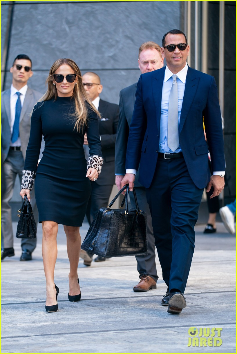 jennifer lopez and alex rodriguez share a kiss while out in nyc 07