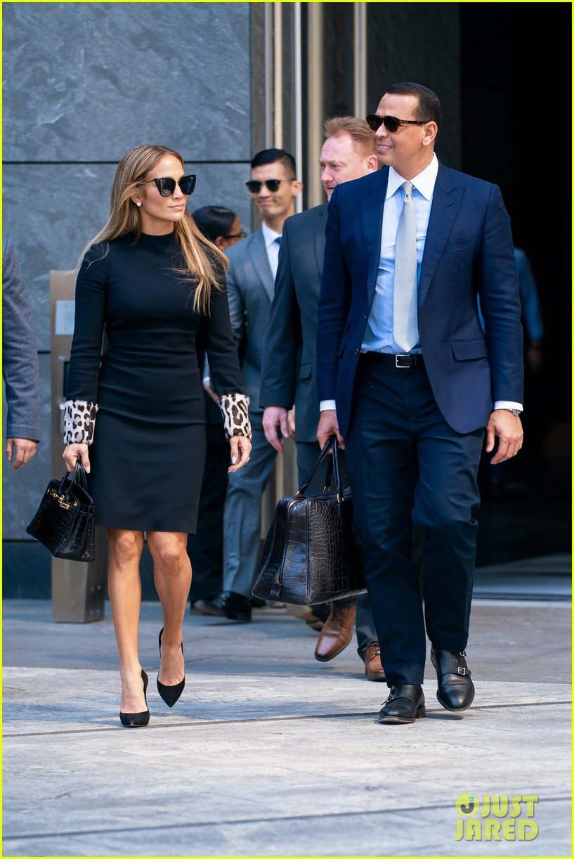 jennifer lopez and alex rodriguez share a kiss while out in nyc 08