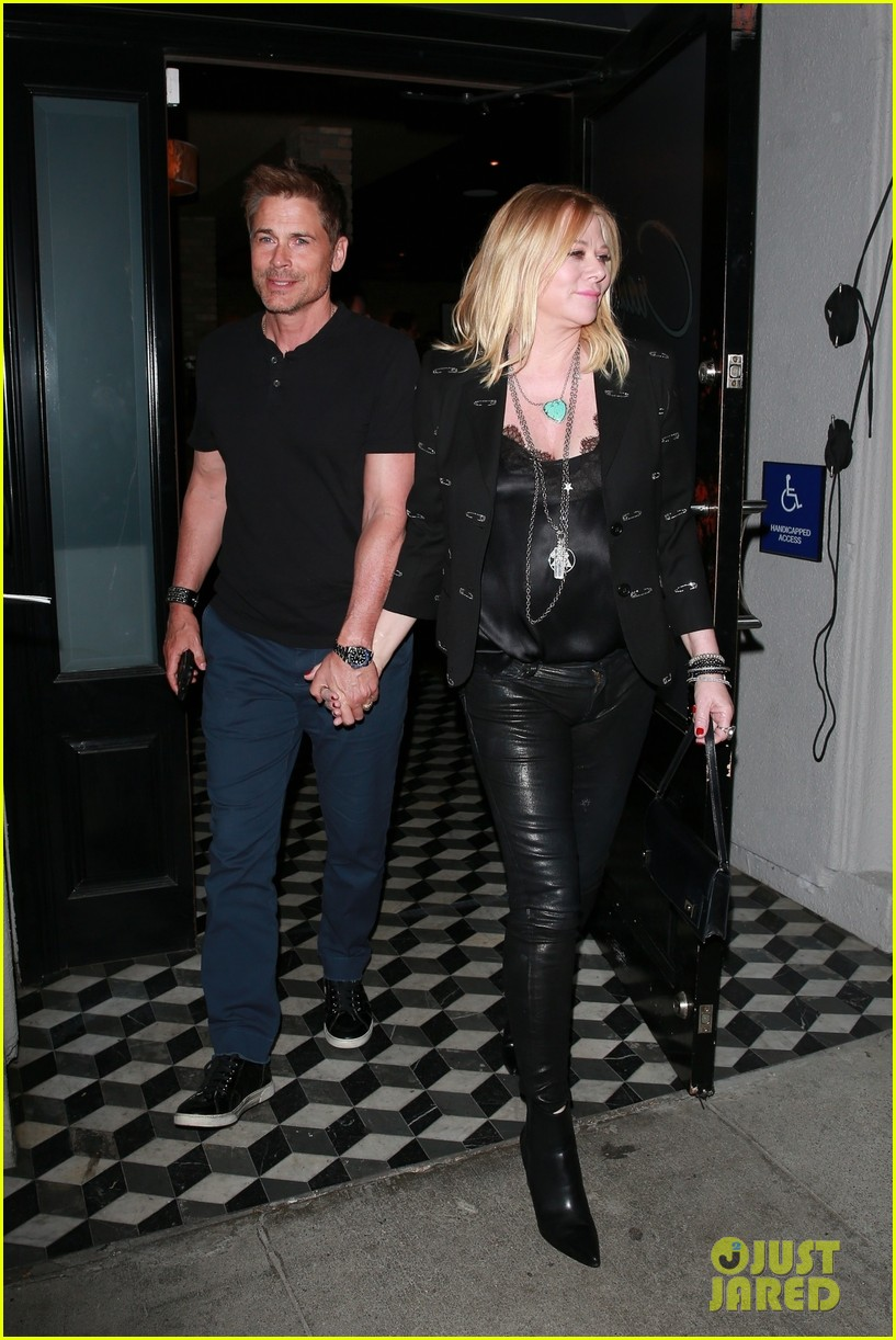 rob lowe wife sheryl berkoff grab dinner at craigs 05