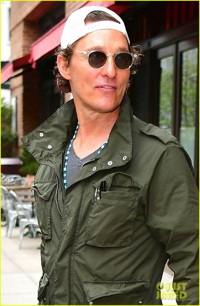 matthew mcconaughey camila alves step out for the day in nyc 01