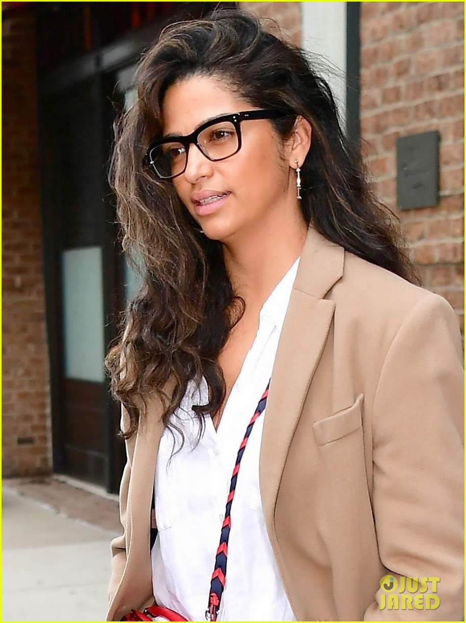 matthew mcconaughey camila alves step out for the day in nyc 04