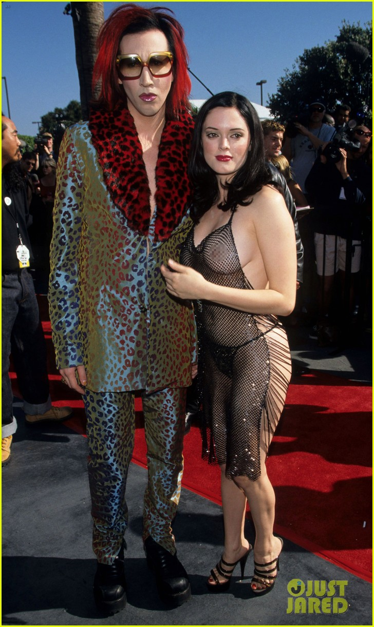 rose mcgowan explains why she wore this dress to vmas 054279873