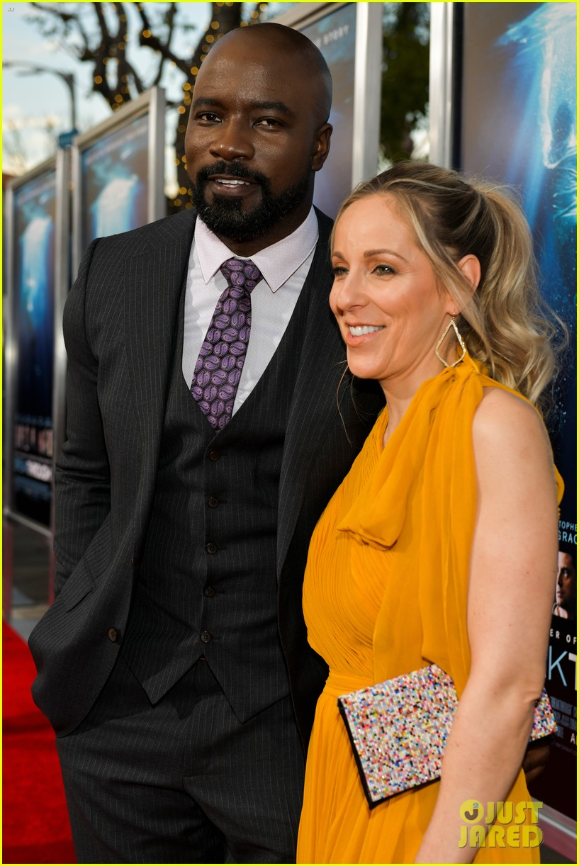 chrissy metz gets support from this is us cast at breakthrough premiere 114271502