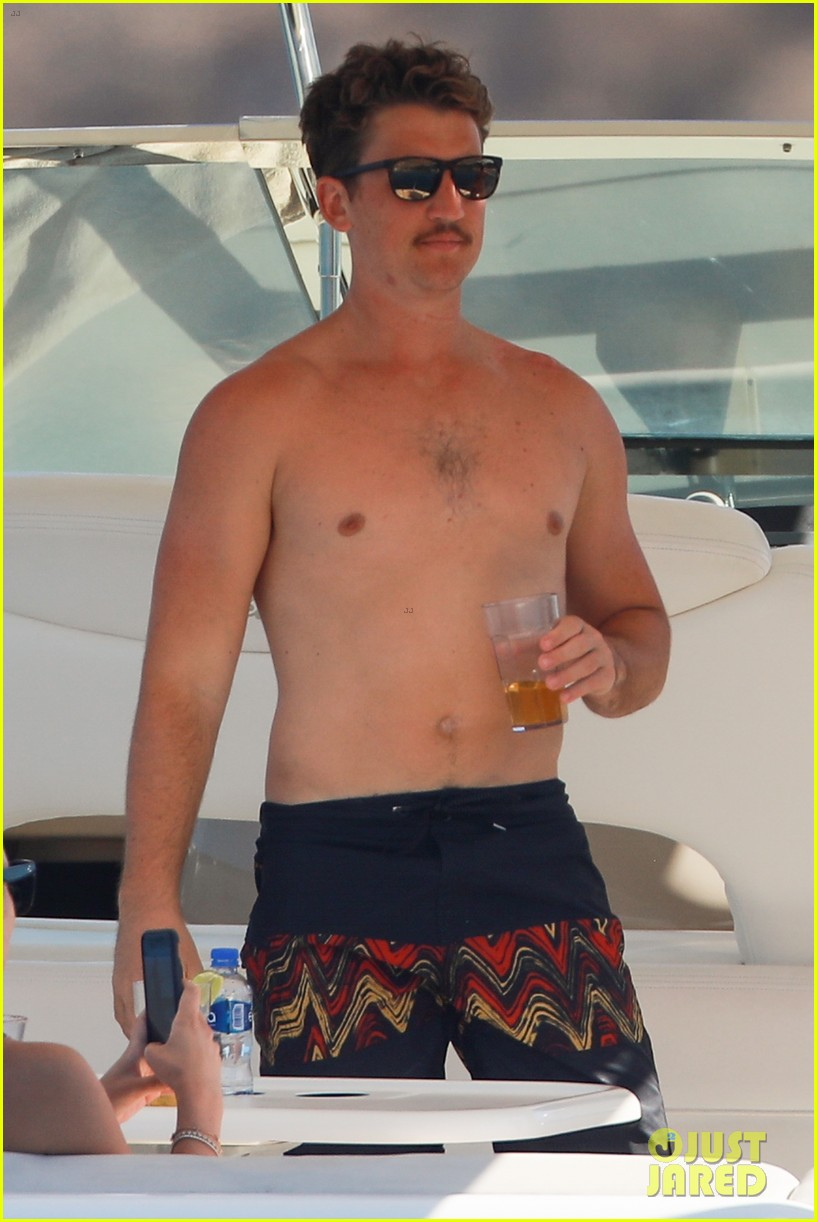 miles teller keleigh sperry vacation april 2019 15