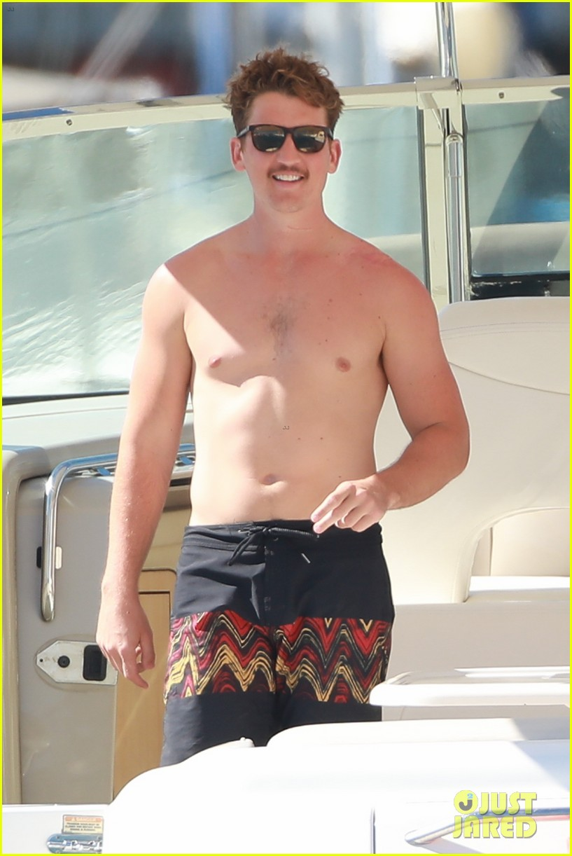 miles teller keleigh sperry vacation april 2019 20