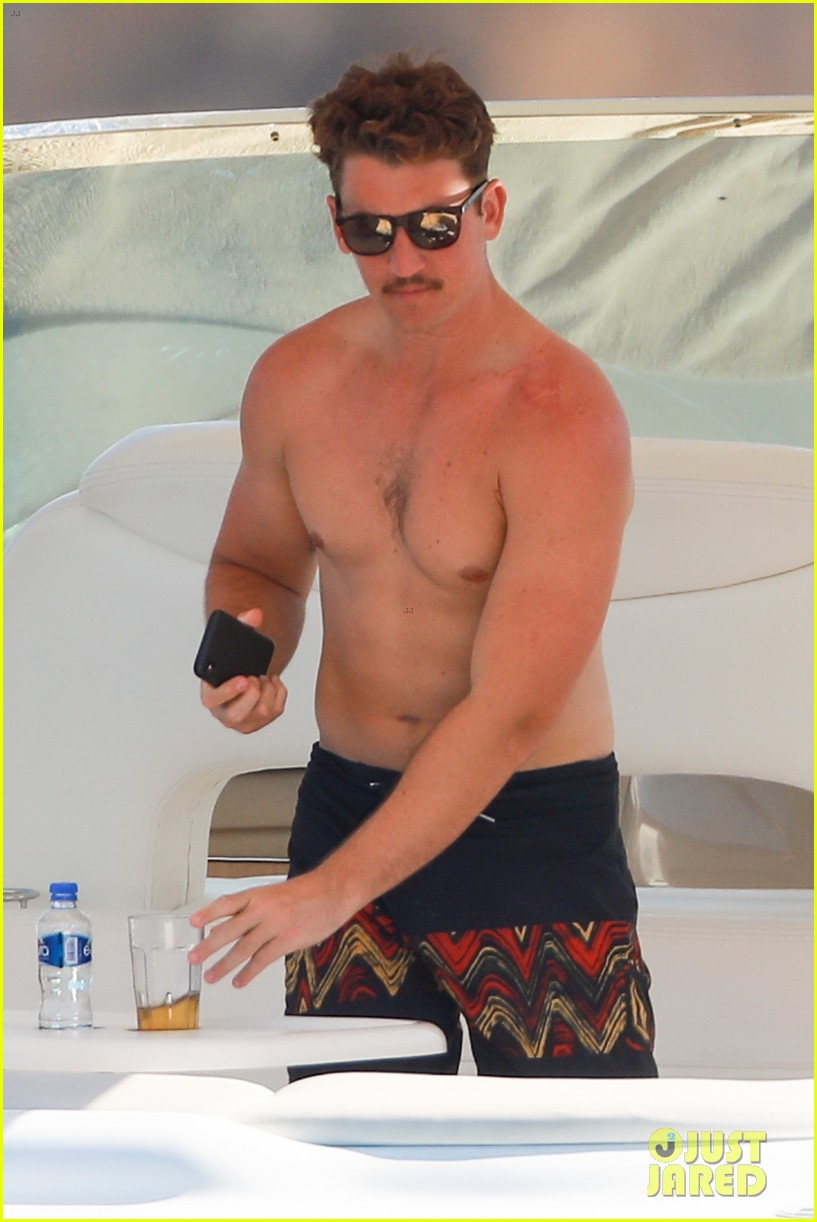 miles teller keleigh sperry vacation april 2019 22