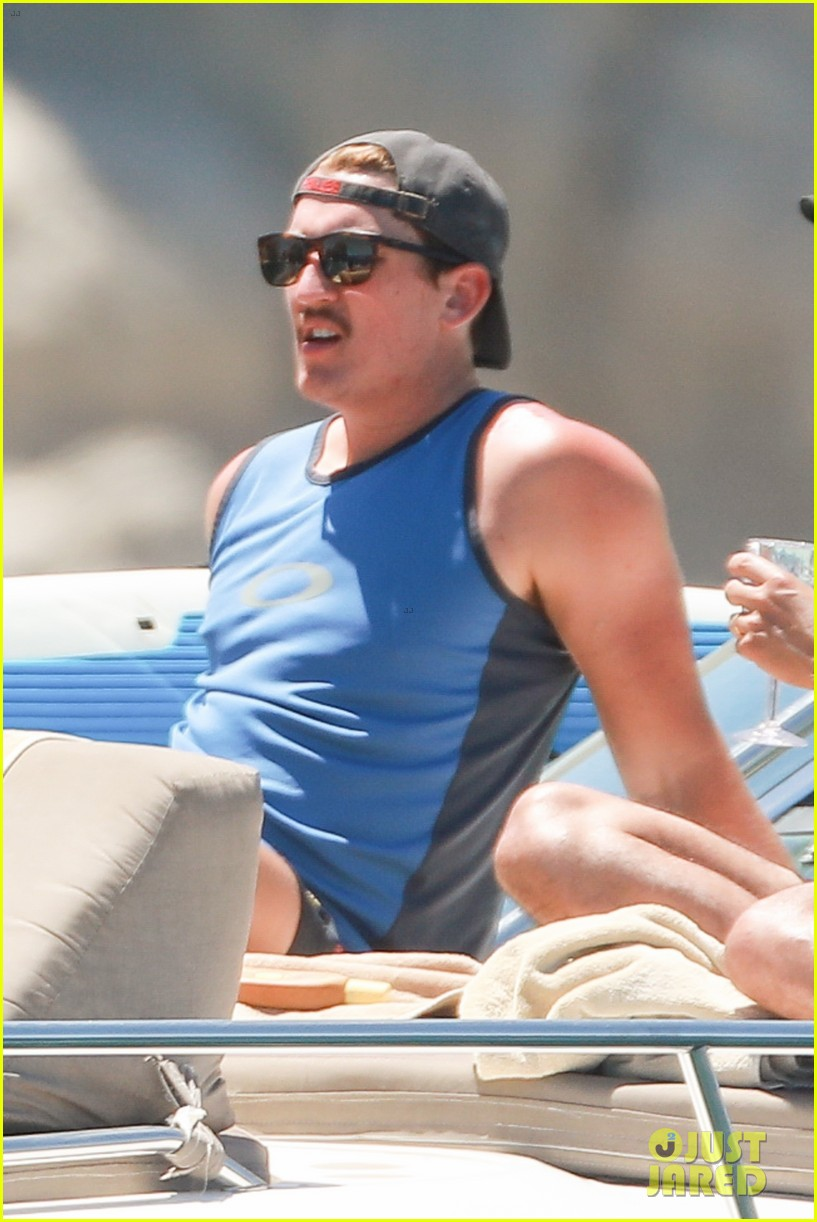 miles teller keleigh sperry vacation april 2019 24